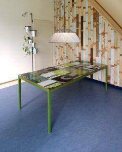 groene tafel 241x300 - Tweede leven bouwborden